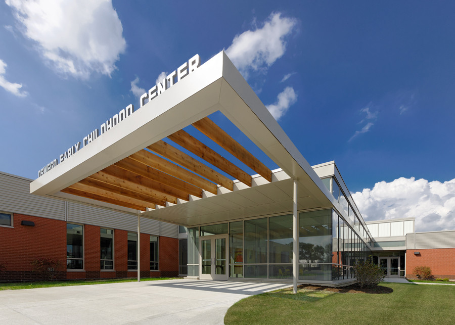 Brokaw Early Learning Center / DLR Group, © James Steinkamp
