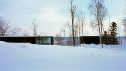 Weekend House on Lake Superior / Julie Snow Architects