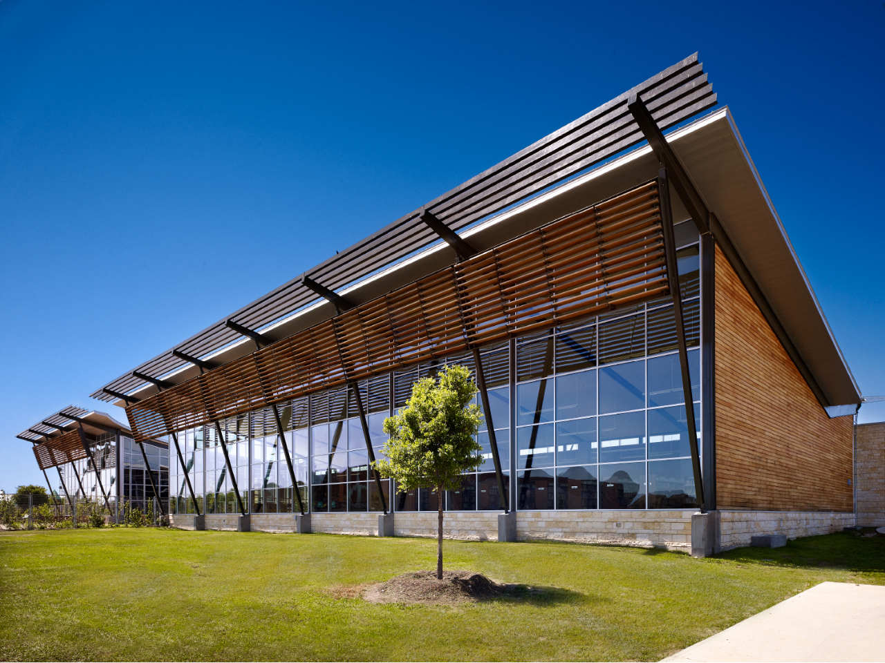 Steel Glass Buildings : Schertz public library kell muñoz architects archdaily