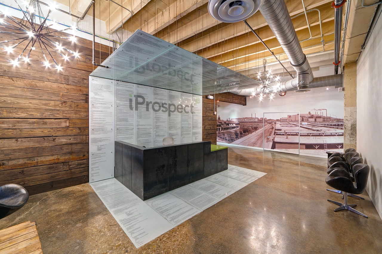iProspect / VLK Architects, © Chad M. Davis, AIA