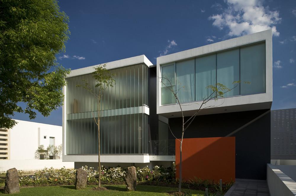MO House / LVS Architecture + JC NAME Arquitectos, © Mito Covarrubias
