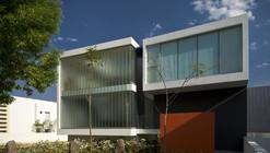 MO House / LVS Architecture + JC NAME Arquitectos