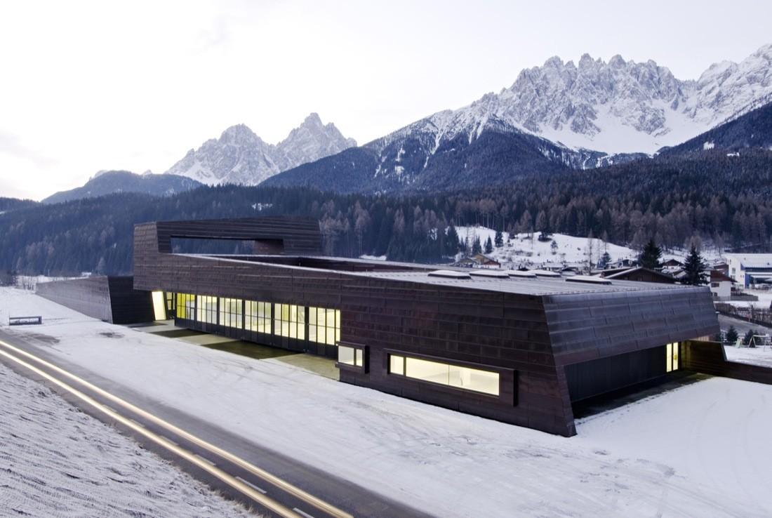 Zivilschutzzentrum / AllesWirdGut Architektur, © Hertha Hurnaus