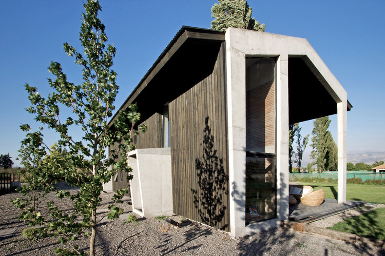House in Colina / OPA, © Nico Saieh