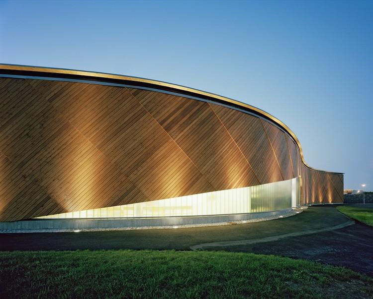Helsinki Seafarers' Centre / ARK-house Architects, © Jussi Tiainen