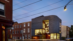 Split Level House / Qb Design
