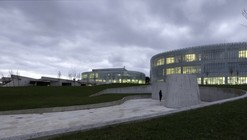 Software and Biotechnology Plants / Coll-Barreu Arquitectos