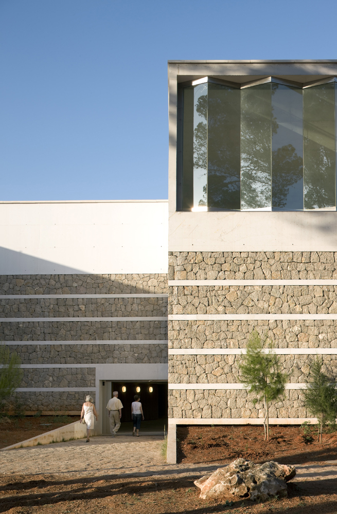 Gallery of conference center in ibiza up arquitectos 2 - Arquitectos ibiza ...