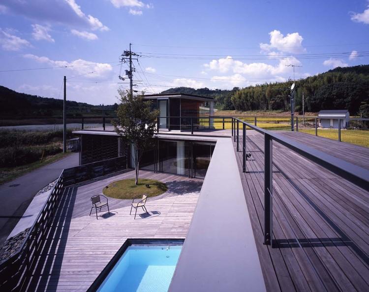 Hover House / Naf Architect & Design, © Noriyuki Yano / Nacasa & Partners