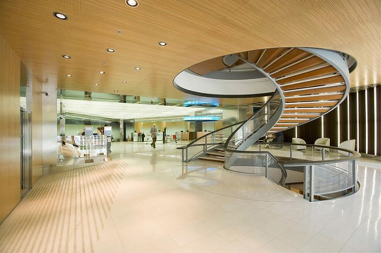 Banc Sabadell Access Hall / Mateo Arquitectura, © Pedro Pegenaute