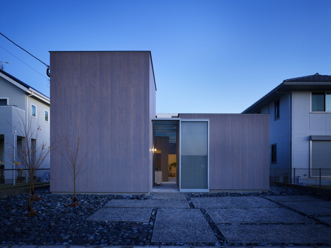 House in Buzen / Suppose Design Office