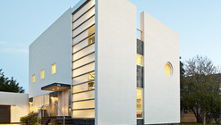 Kowalewski Residence / Belmont Freeman Architects