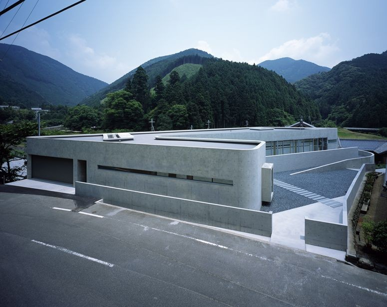 Horizontal House / EASTERN Design Office, © Koichi Torimura