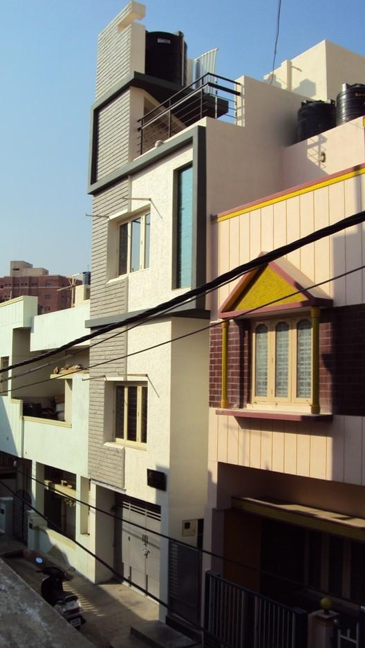 House 42 / DesignQ, © Sri & Max / designQ