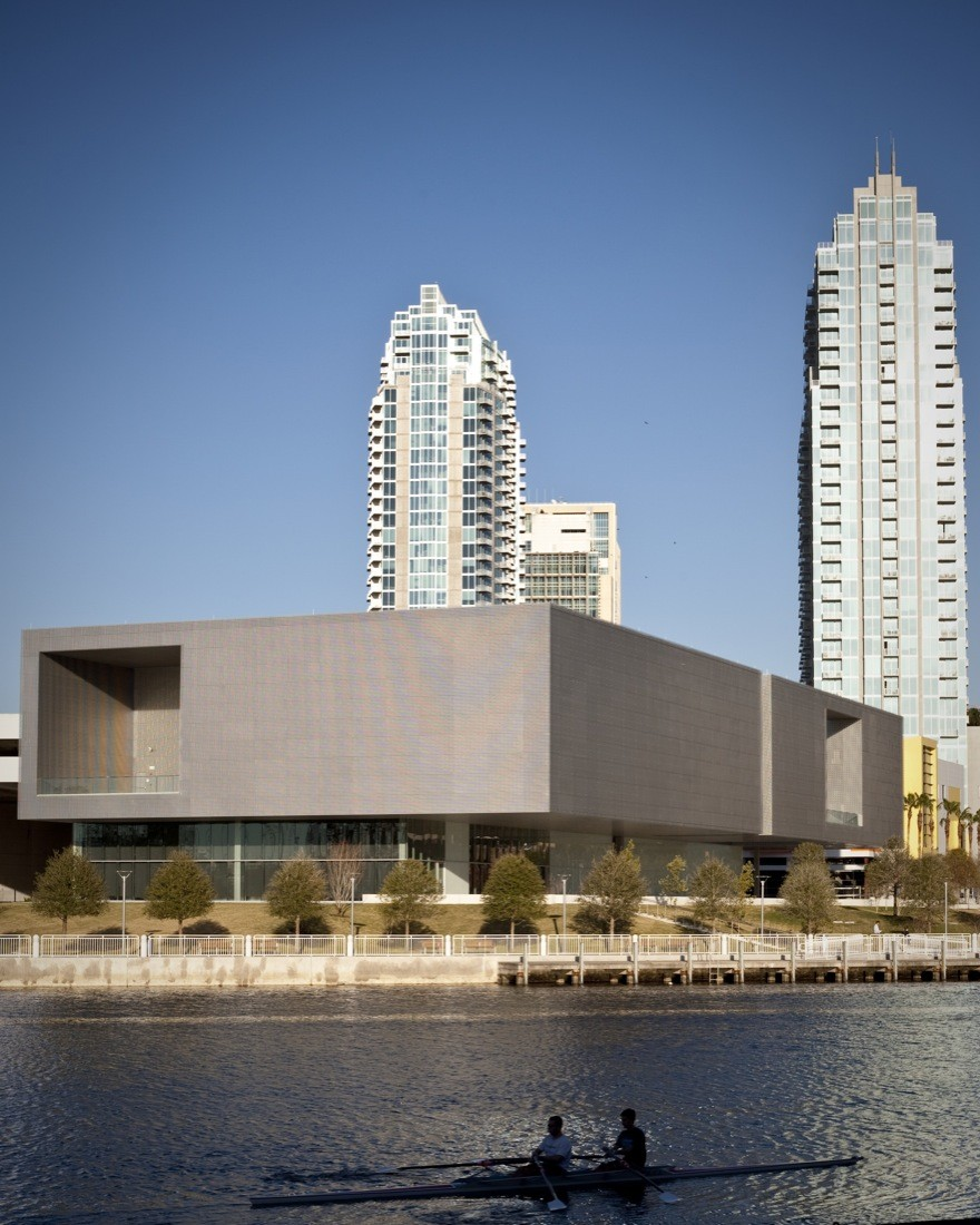 Tampa Museum of Art / Stanley Saitowitz | Natoma Architects, © James Ostrand