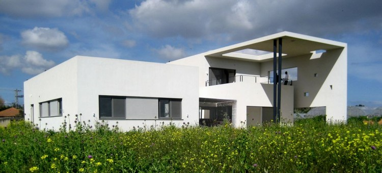 House in Sde-Yizhak / GalPeleg Architects, Courtesy of GalPeleg Architects