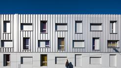 Student Housing in Bordeaux / Lanoire & Courrian