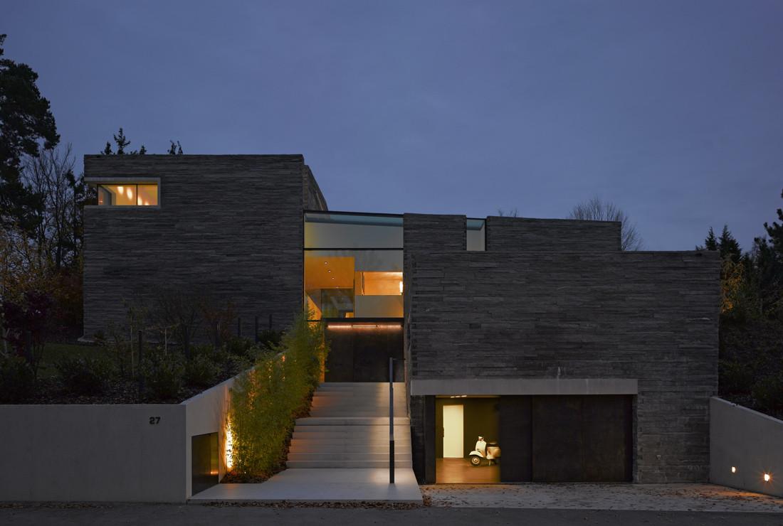 gallery of haus m titus bernhard architekten 7. Black Bedroom Furniture Sets. Home Design Ideas