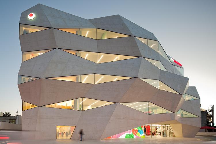 Vodafone Headquarters / Barbosa & Guimarães, © Fernando Guerra |  FG+SG