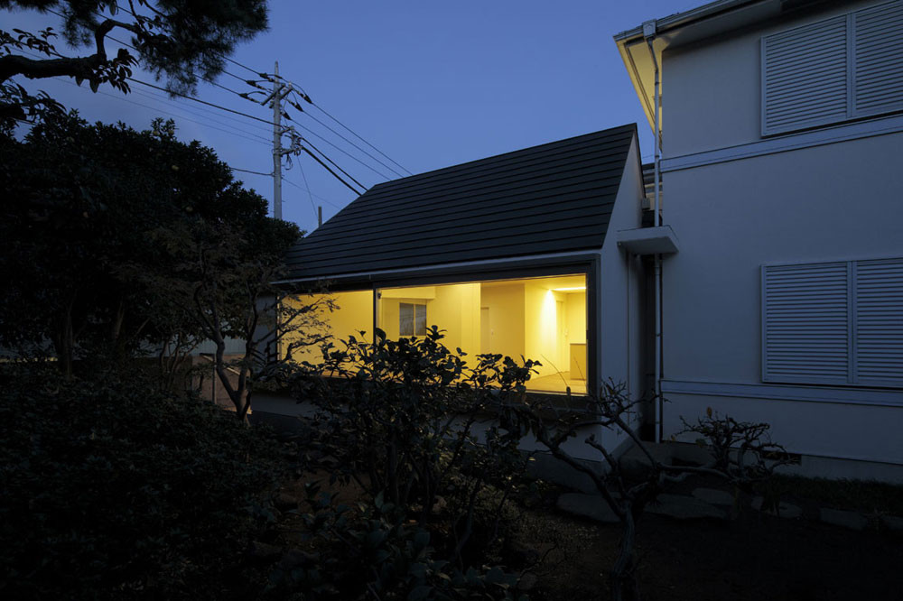 Renovated House in Higashi-Matsubara / Ken'ichi Otani Architects, © Koichi Torimura