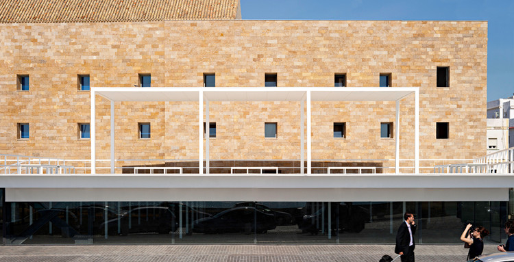 Between Cathedrals Alberto Campo Baeza Archdaily
