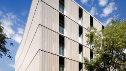 Alfonso Gomez Street Office Building / PPST Arquitectura