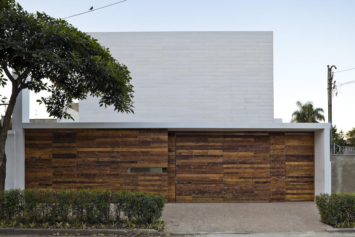Office Refurbishment / Alan Chu & Cristiano Kato, © Djan Chu