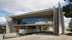 House in Santa Teresa / SPBR Arquitetos