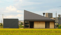 Shirakuchi House / Design nico Architect Associates