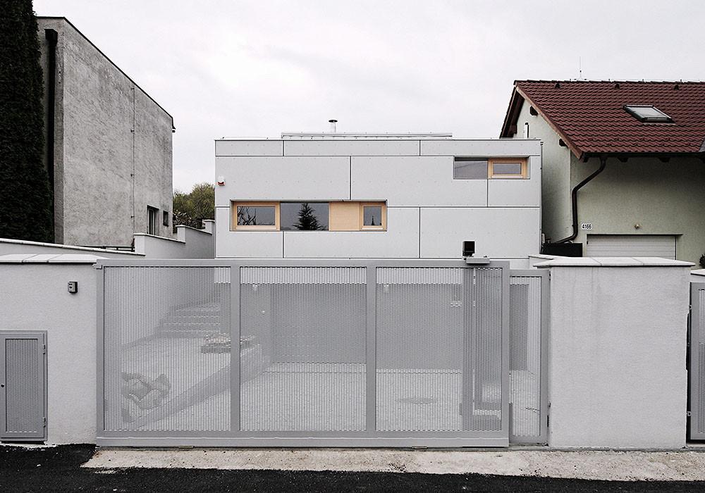 DEV House / GutGut, © GutGut