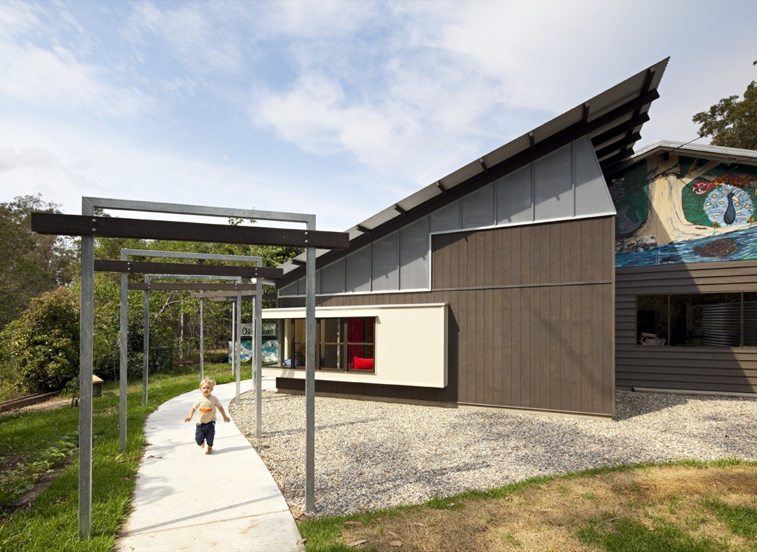 Gallery of Pine Community School / Riddel Architecture - 1