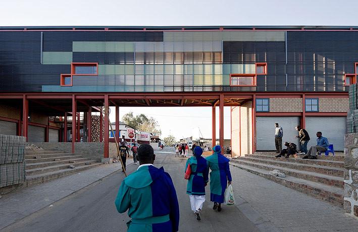 Alexandra Interpretation Centre / Peter Rich Architects, © Iwan Baan
