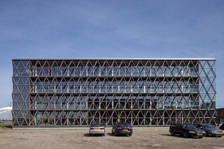 CBC Building / BNB Architects + B06 Architect