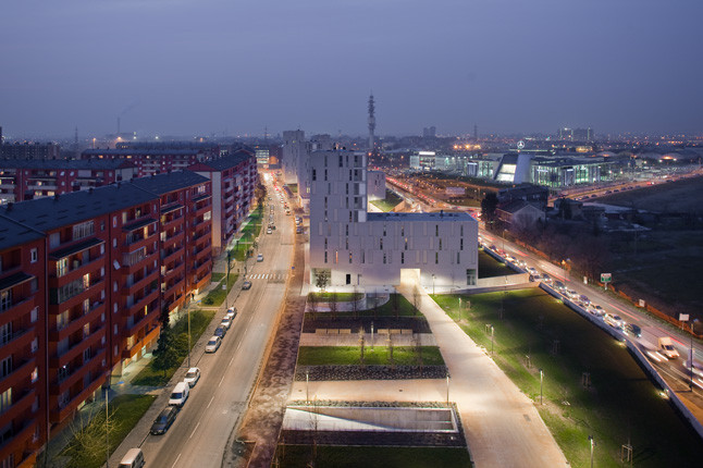 Living in a Park / MAB Arquitectura + BMS Progetti Srl, © Paolo Riolzi