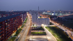 Living in a Park / MAB Arquitectura + BMS Progetti Srl