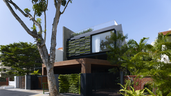 Maximum Garden House / Formwerkz Architects