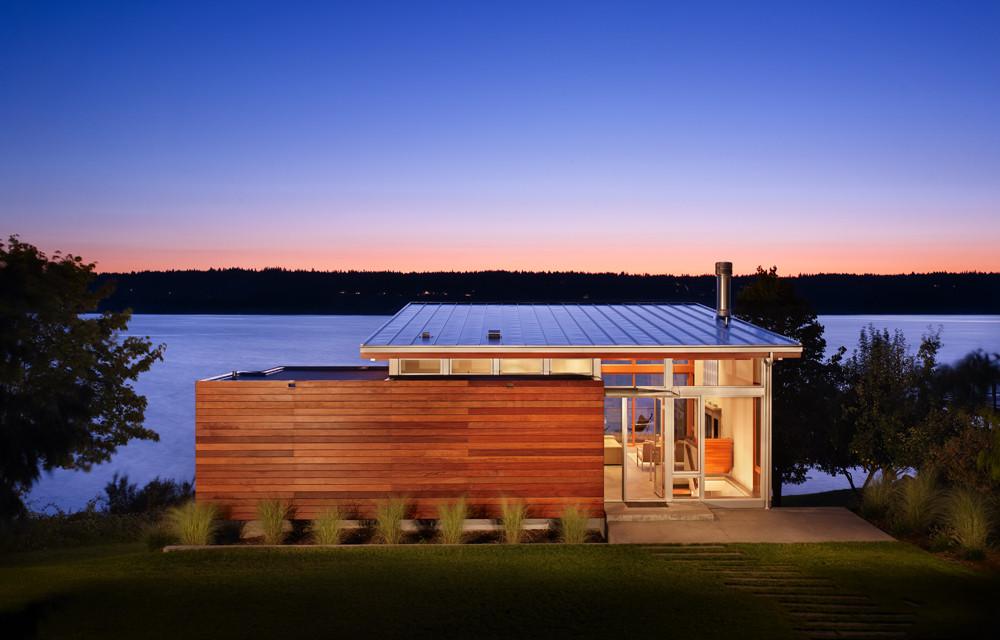 Vashon Cabin / Vandeventer + Carlander Architects, © Ben Benschneider