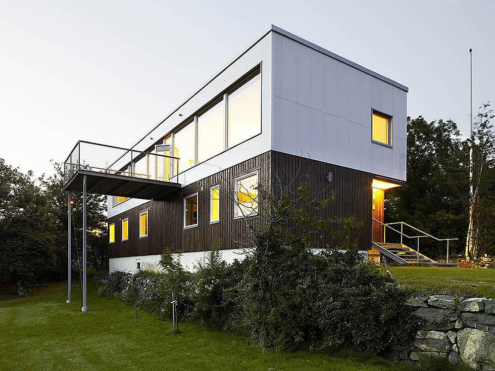 Plastic House / Unit Arkitektur AB, © Krister Engström