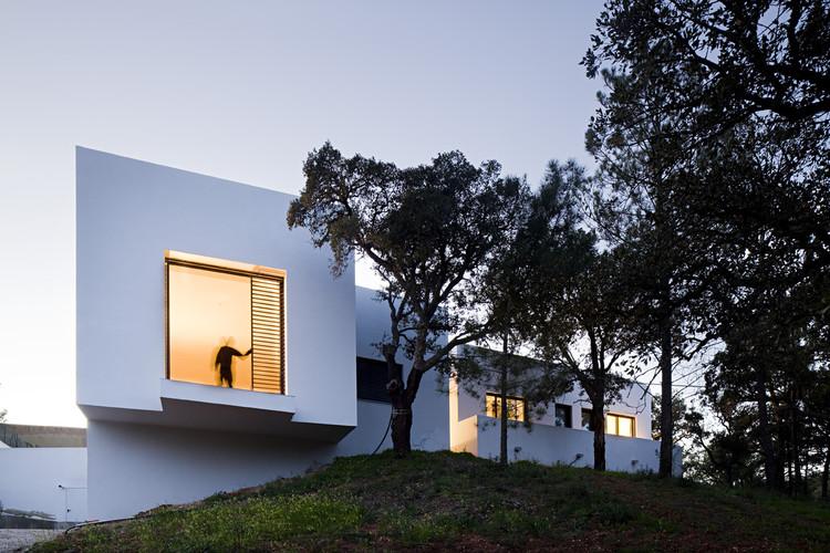 Miraventos House / Eduardo Trigo de Sousa + ComA, © Nelson Garrido