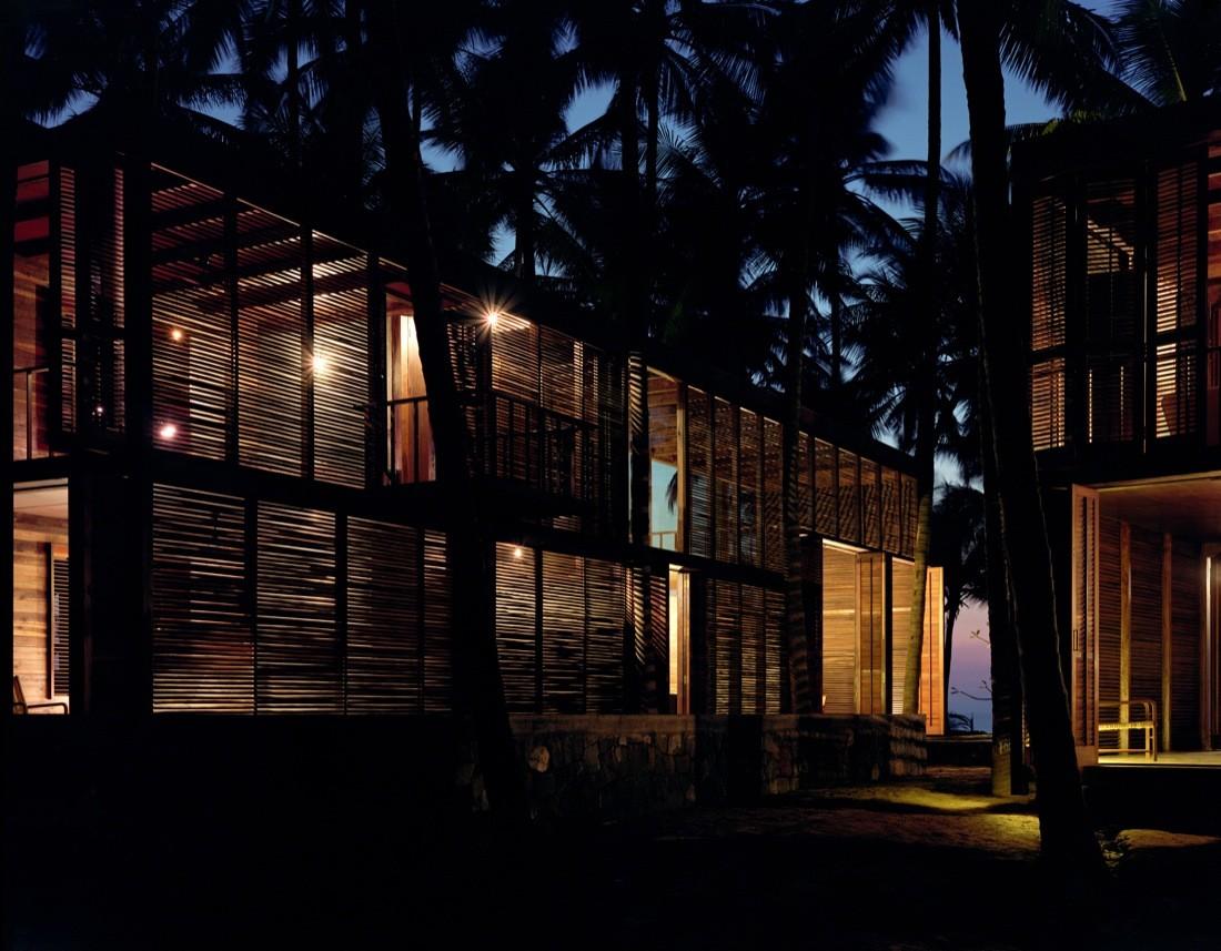 Palmyra house studio mumbai archdaily for Studio house