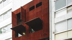 Guru Bar / Klab architecture
