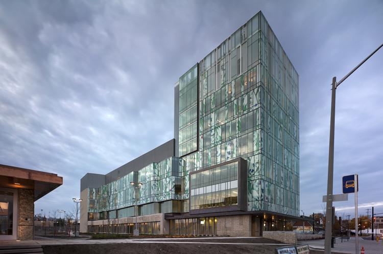 School of Pharmacy / Hariri Pontarini Architects   ArchDaily