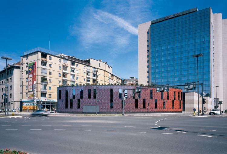 Lev Office Building / Andrej Kalamar, © Miran Kambič