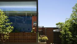 Z House / Donovan Hill