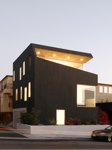 Surfhouse / XTEN Architecture