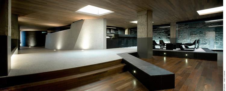 Scandinave Les Bains Vieux / Saucier + Perrotte architectes