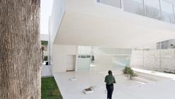 Esplanada Studio / at103 + Tatiana Bilbao