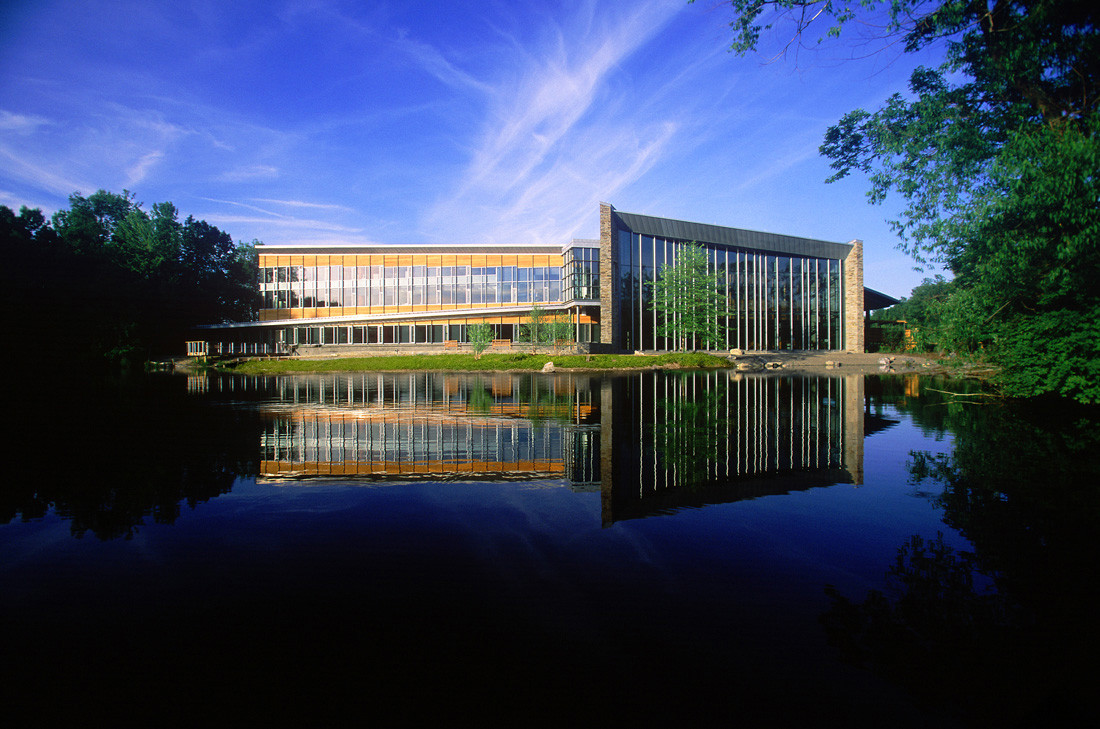 Cornell Ornithology Laboratory / RMJM