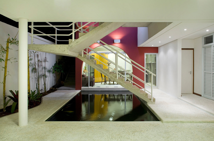 House at Rua Alabarda / Affonso Risi