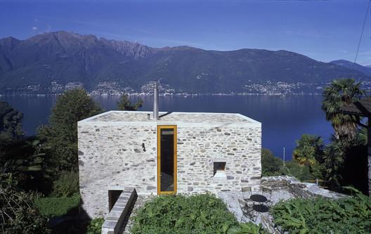 Casa en Scaiano / Wespi de Meuron Romeo architects